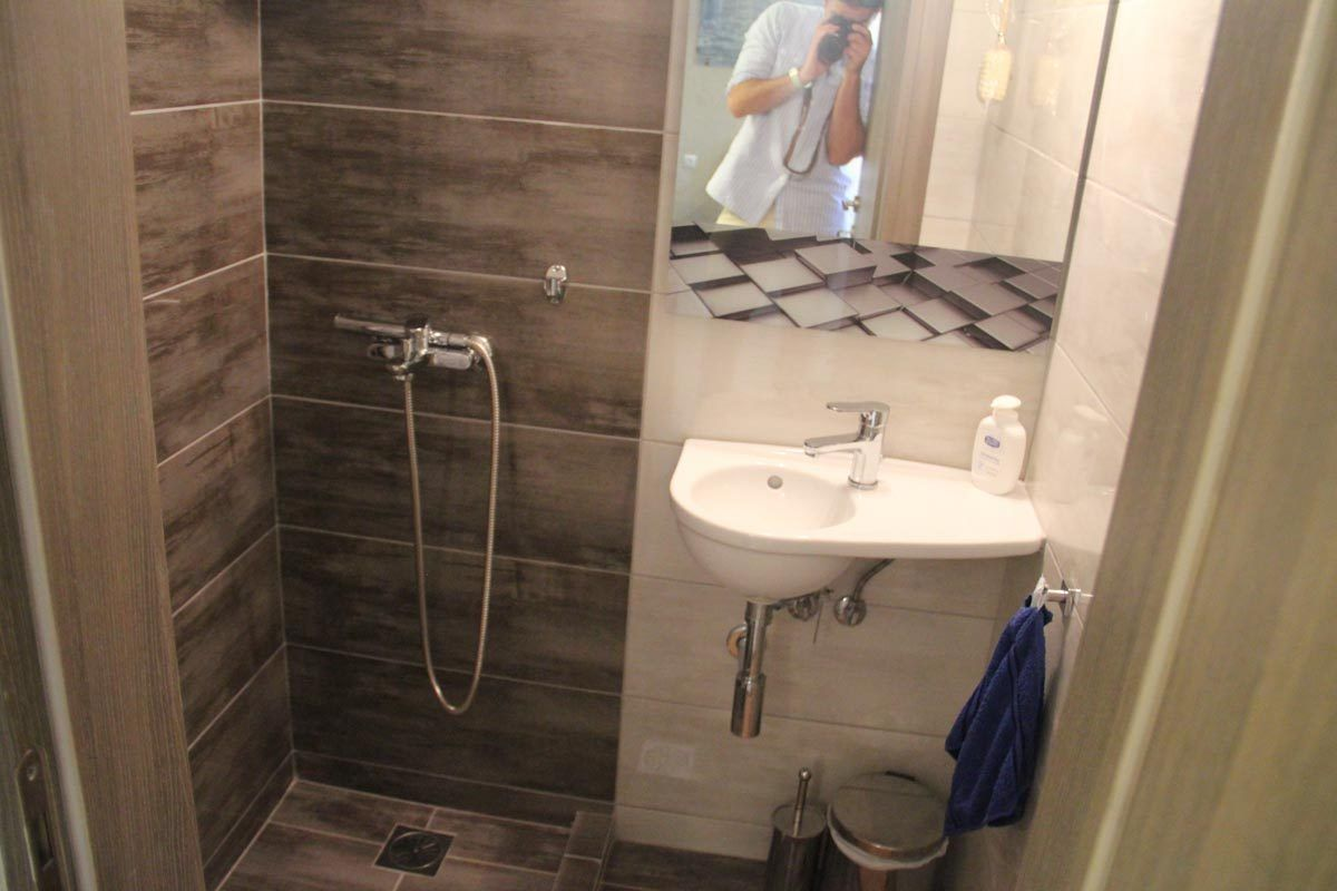 apartment-sani-club-bathroom (2)