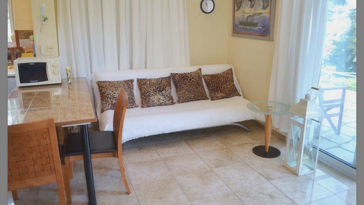 nautilus-living-room