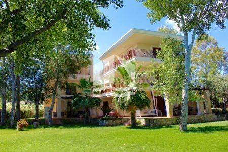 Villa Dione & Villa Nerida