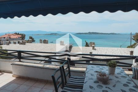 House with marvelous view in Ouranoupoli