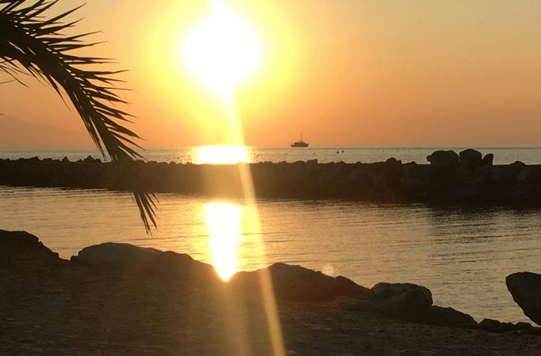 sunset beach chalkidiki