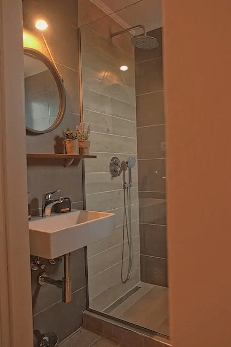 shower villa alba