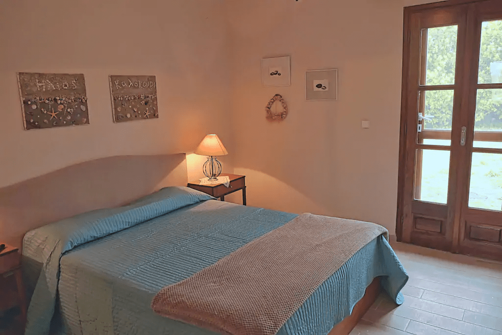 villa alba chiara bedroom