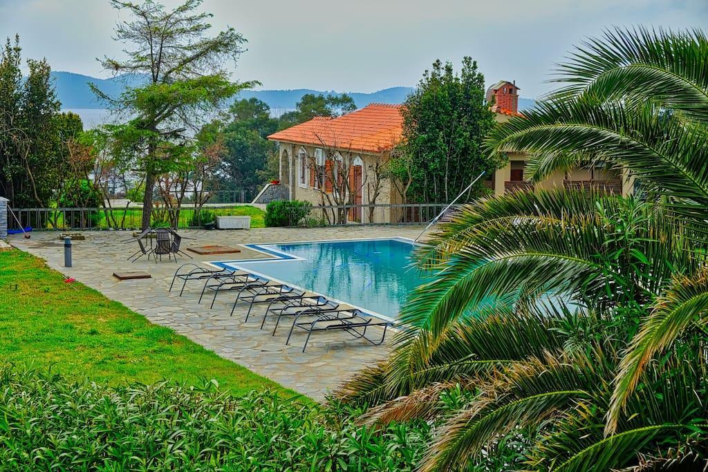 villa alba chiara swimmingpool