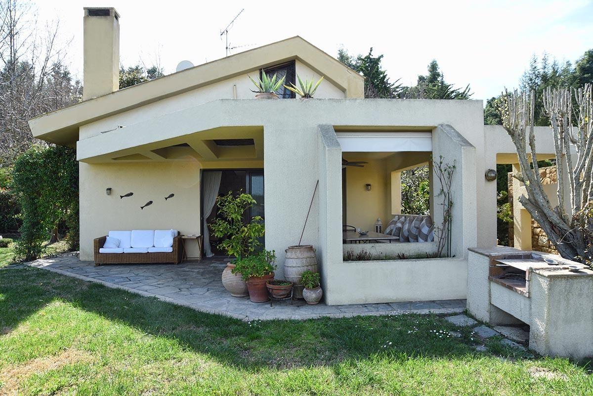 garden villa in sani