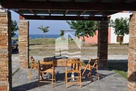 modern-summer-house-ierissos