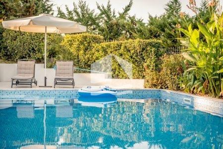 villa-kriopigi-rentaway-pool