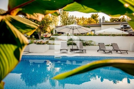 villa-kriopigi-rentaway-pool-view